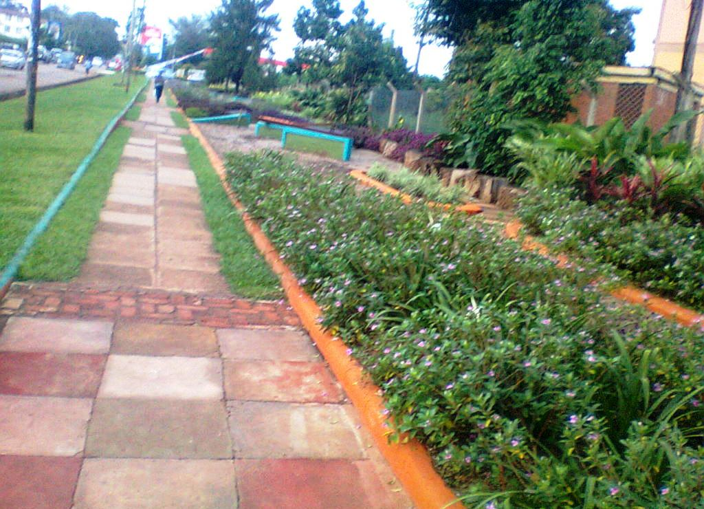 05 april 2015 sindani constractors u ltd for Compound garden designs